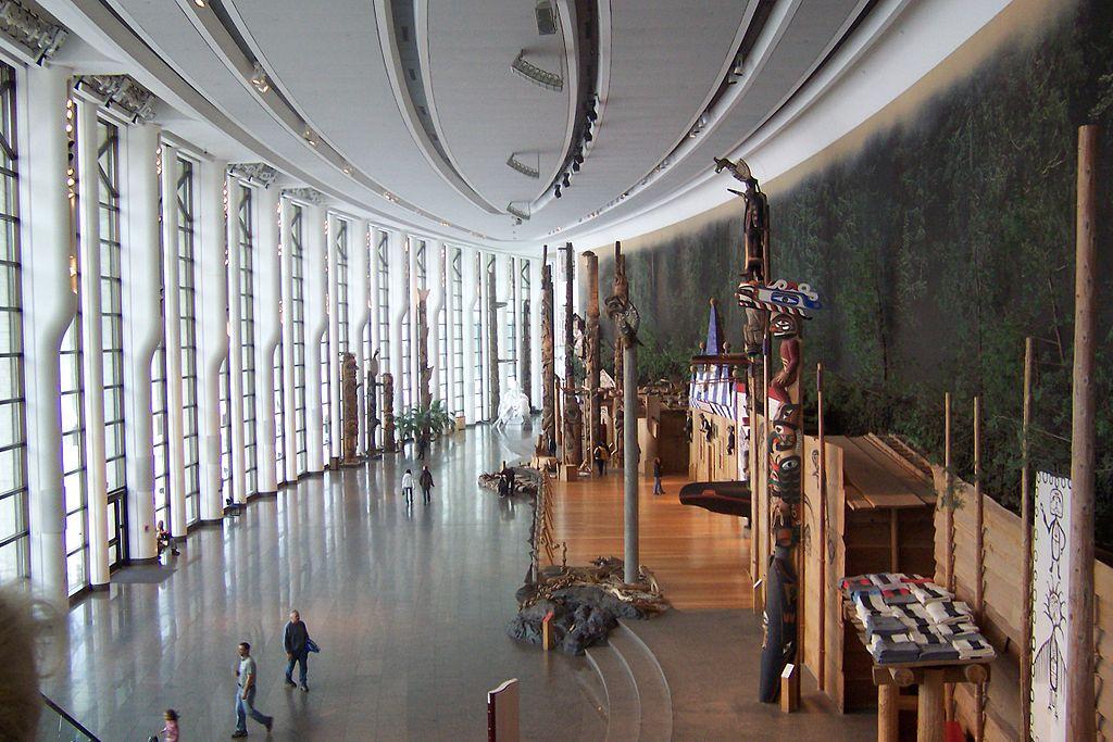 La Grande galerie du Musée canadien des civilisations, à Gatineau (Québec), by Claude Brochu